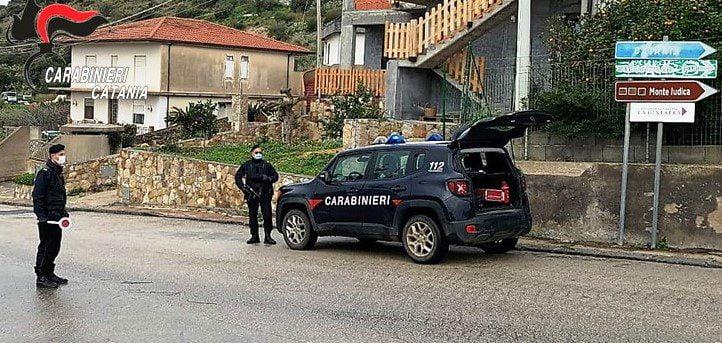 Castel di Iudica, energia elettrica a sbafo e munizioni in casa: denunciato pensionato