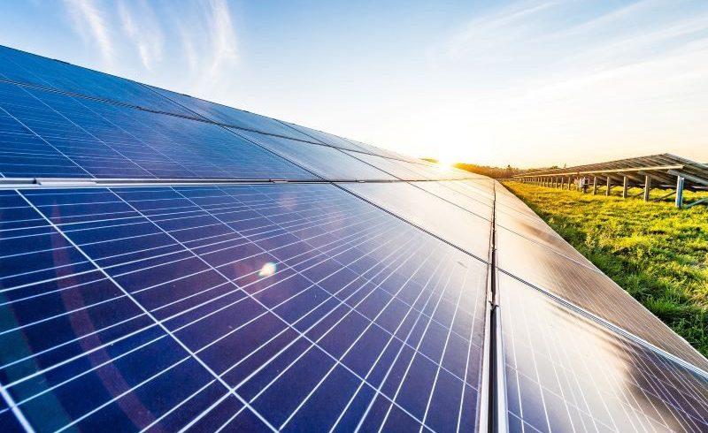 A Paternò e Mazara del Vallo 2 parchi agro-fotovoltaici di Engie-Amazon: ok dalla Regione