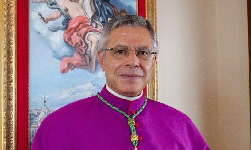 Adrano, Mons. Schillaci festeggia 2 anni da Vescovo di Lamezia Terme: gli auguri della sua città