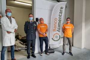 Catania, dal Banco Alimentare alle mense dei più bisognosi il tonno rosso sequestrato dalla GdF: 3450 kg