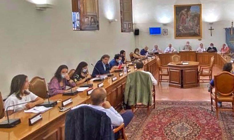 """Paternò, consiglio comunale riduce Tari per utenze non domestiche. Naso: """"Tariffe abbattute del 40%"""""""