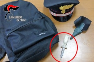 Aci Castello, stalker 33enne armato di coltello attendeva l'ex convivente: arrestato in flagranza