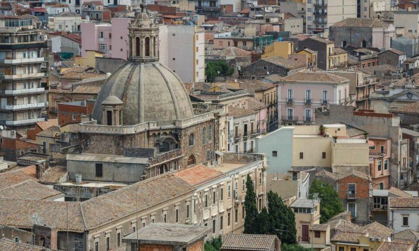 Paternò, due interrogazioni in Consiglio di Tuccio Paternò: richieste per due vie del centro storico