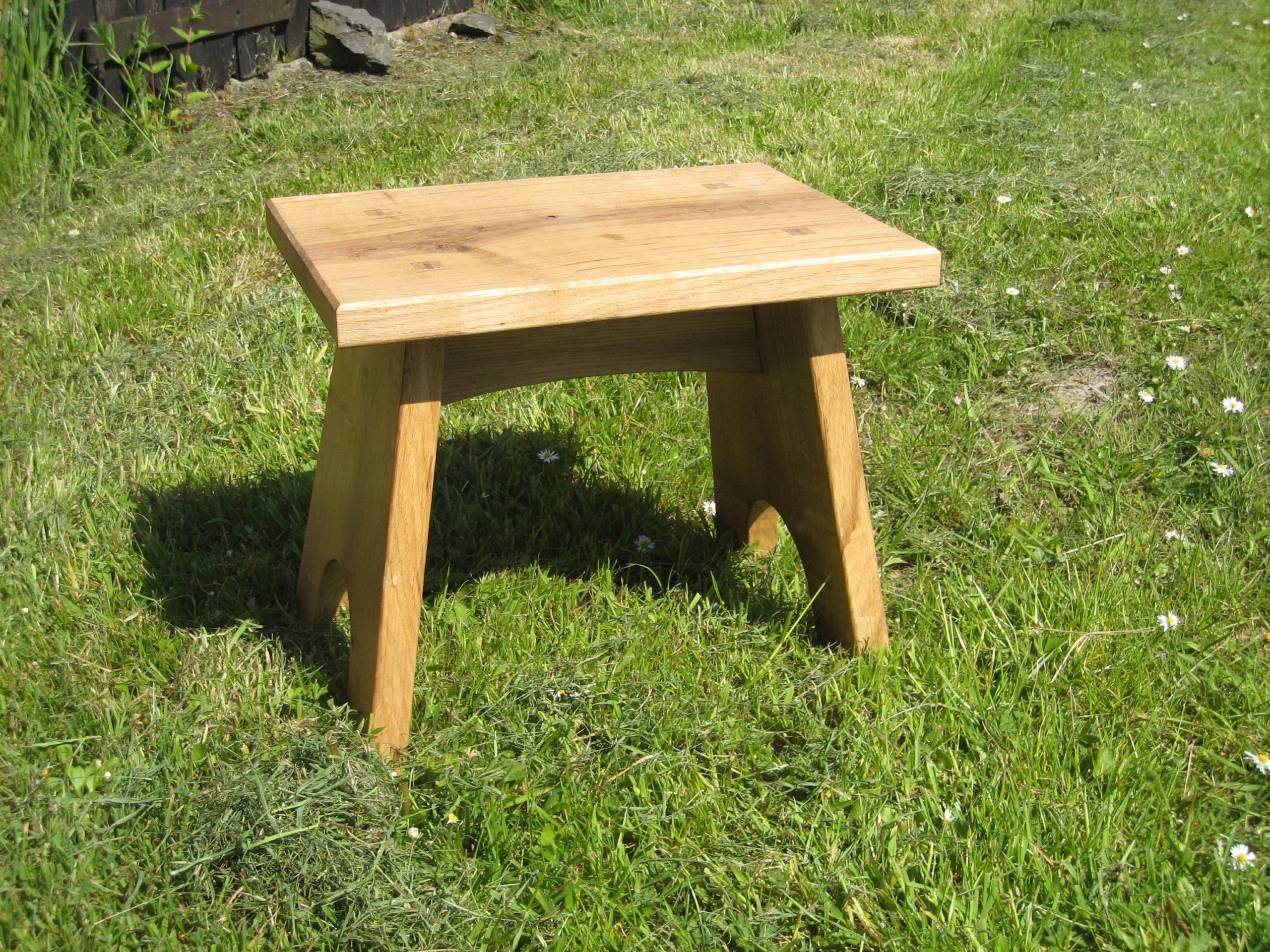 Oak foot stool