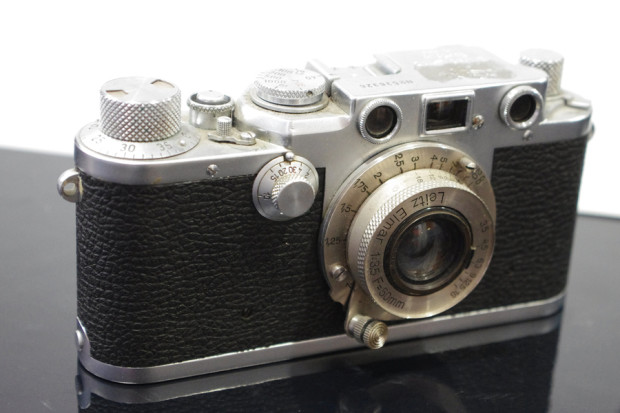 Leica a vite