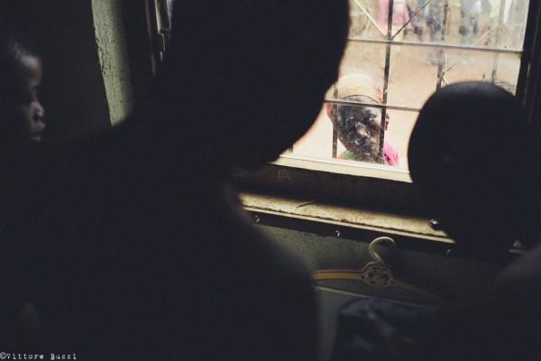 Foto oscurata senza spot giallo