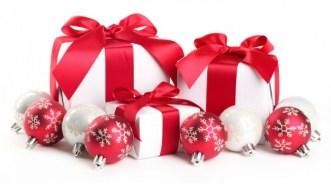 regali in tema con l'albero di natale