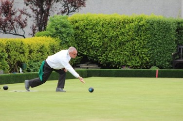 ELBA President in action on the green