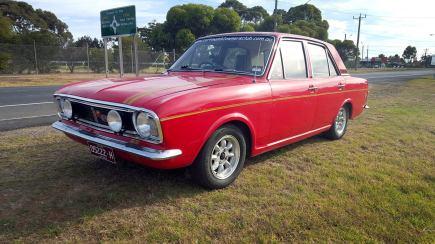 Cortina Mk2 Mollison Red