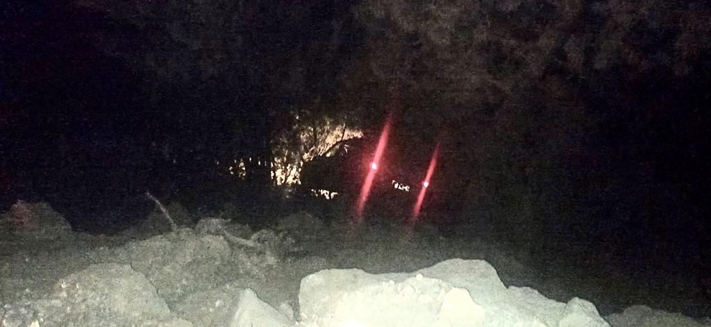 Kargı'da Otomobil Ormanlık Alana Yuvarlandı