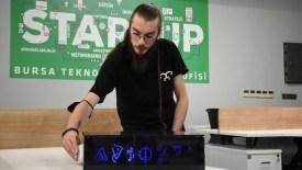 8 arkadaş dijital masa oyunu prototipi yaptı
