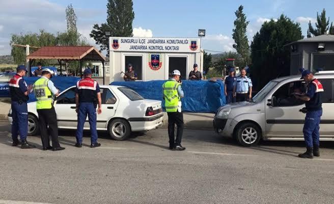 Pozitif Olan Sürücü Polise Takıldı