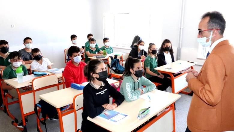 Kodek, Okul Ziyaretlerine Devam Ediyor