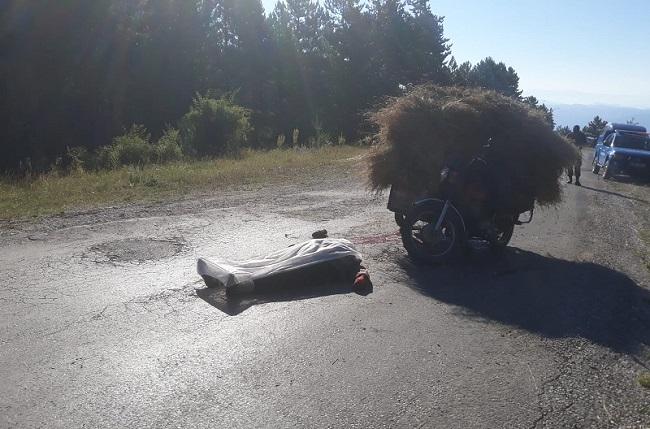 MOTOSİKLET KAZASINDA CAN VERDİ