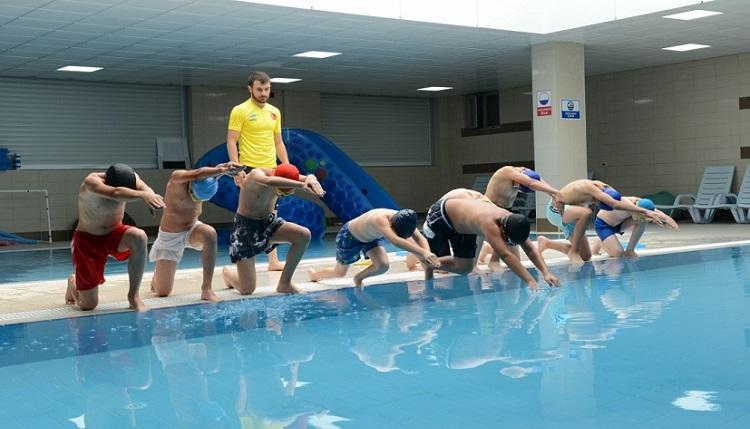 Yüzme kurslarına kayıtlar başlıyor