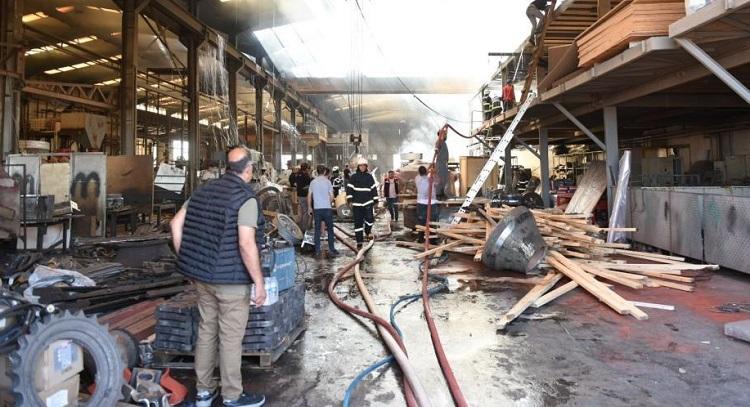 Çelik döküm fabrikasında yangın