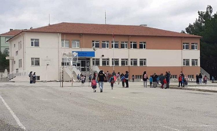 3 okulda 7 sınıf karantinaya alındı