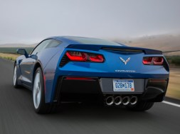 2015-chevrolet-corvette-rear-view