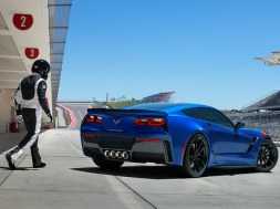 New Options and Colors Outlined in 2017 Corvette Order Guide
