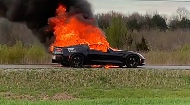 2014-corvette-stingray-fire