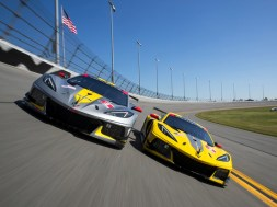 CORVETTE C8.R RACING AT DAYTONA