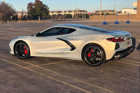 2021 Corvette Stingray in Silver Flare Metallic