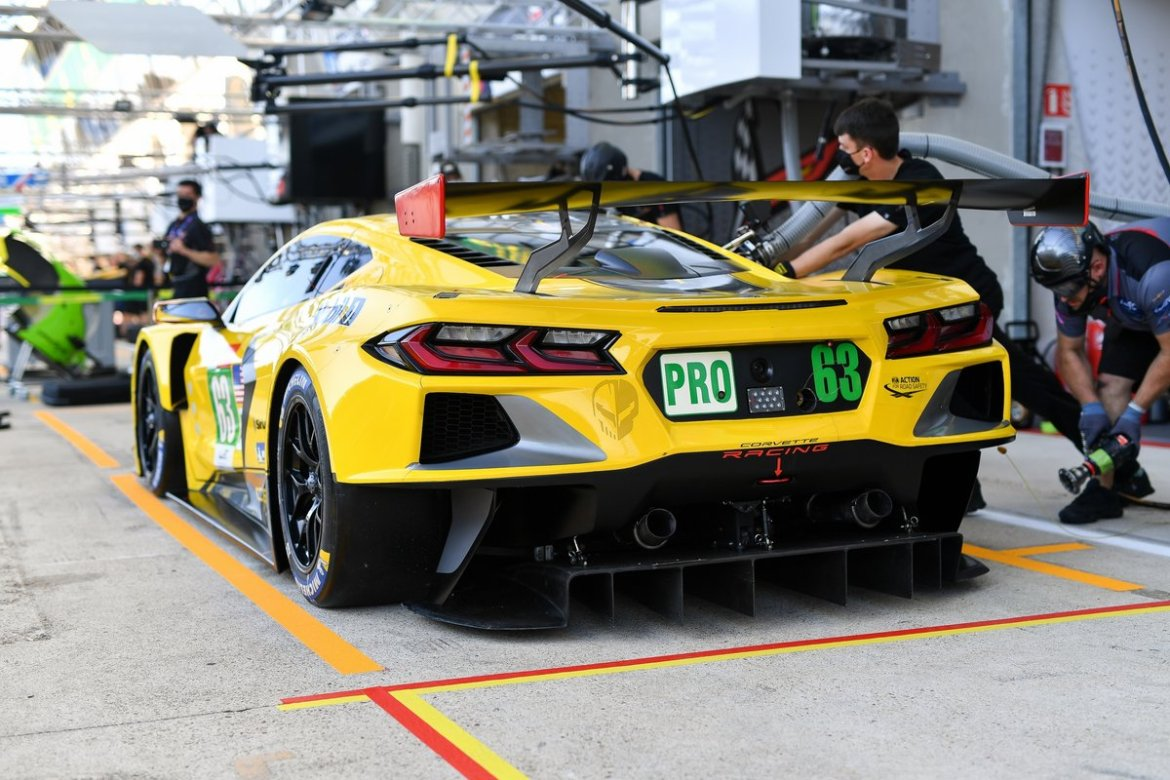 An engine change and electrical issues don't stop the Corvette Racing Team from placing well during 9 hours of testing at Le Mans.