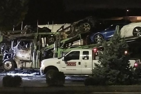 A Jack Cooper Transport truck carrying four brand new 2022 Corvettes caught fire last night in White House, Tennessee