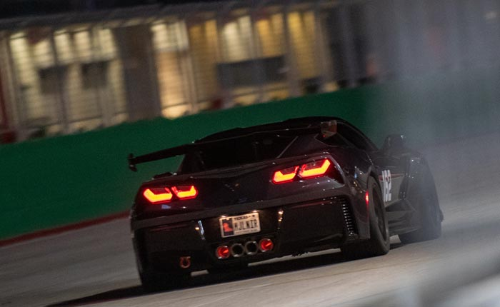 pics 2019 corvette zr1 looks wicked with glowing rotors and flames shooting from the exhaust corvette sales news lifestyle