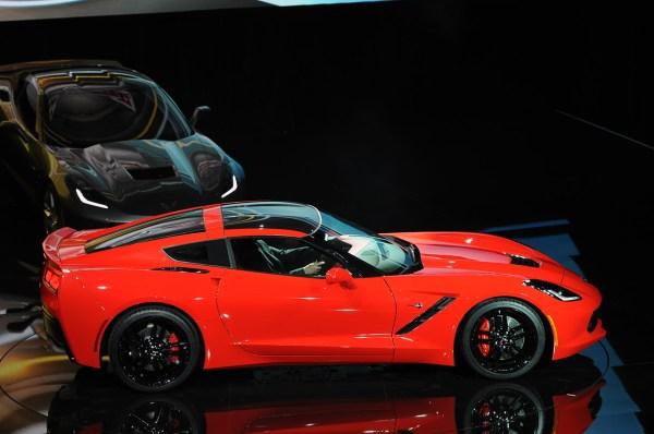 07-2014-chevrolet-corvette-reveal.jpg
