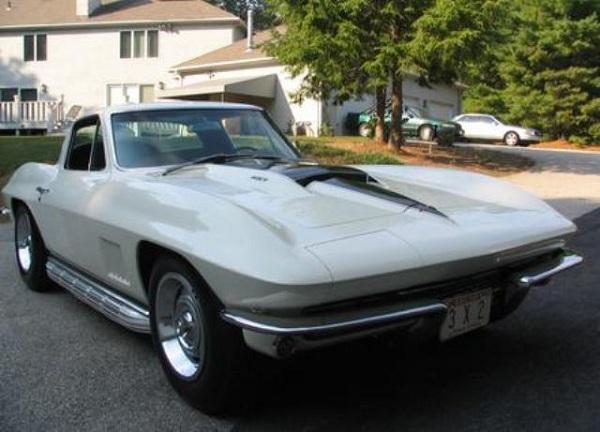 1967 Chevrolet Corvette 427-3.jpg