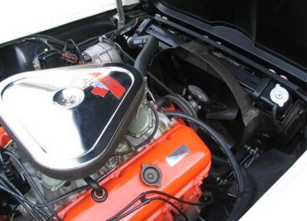 1967 Chevrolet Corvette 427-5.jpg