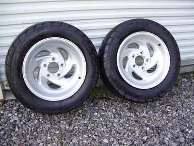 293-Ford-Lightning-Gen-1-wheelsDrag-radials.jpg