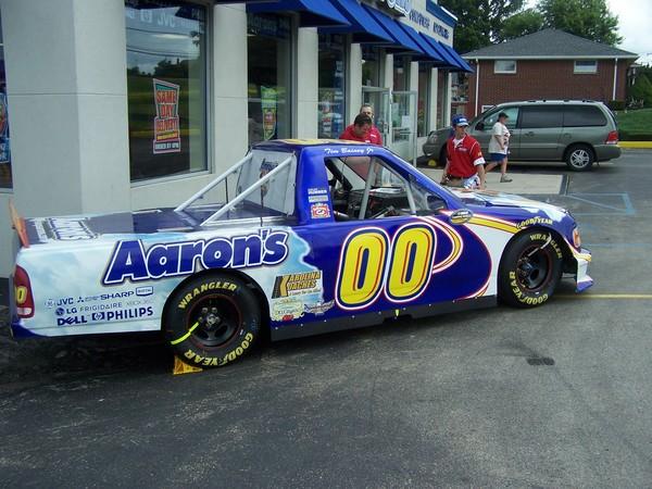 NASCAR-Ford-ShowTruck-former-Aarons-banner.jpg