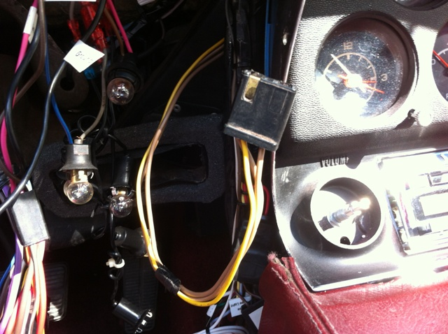 C3 Dash Wiring Harness Mystery Extra Connector