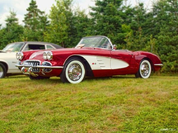 red-1959-Corvette.jpg