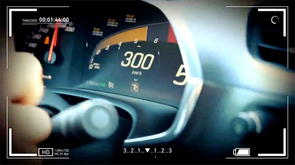 Corvette C7 Stingray Doing 186 on Autobahn