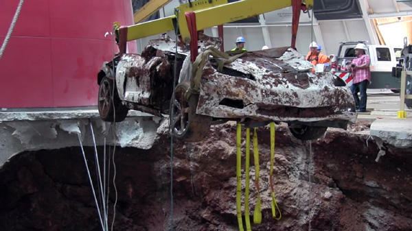 Sinkhole 1.5 Millionth Corvette at National Corvette Museum (9)