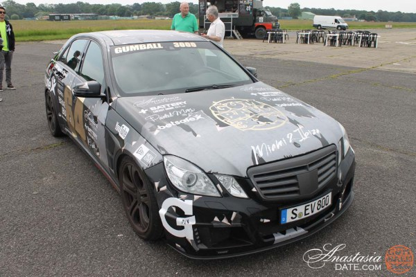 Team AnastasiaDate at the Top Gear Test Track (8)
