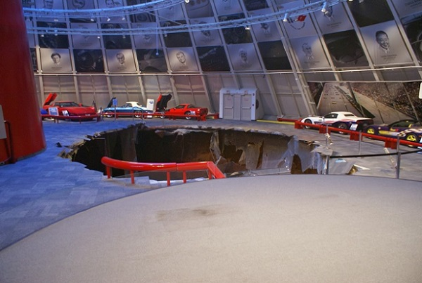 National-Corvette-Museum-Sinkhole-Wide-Resolution text
