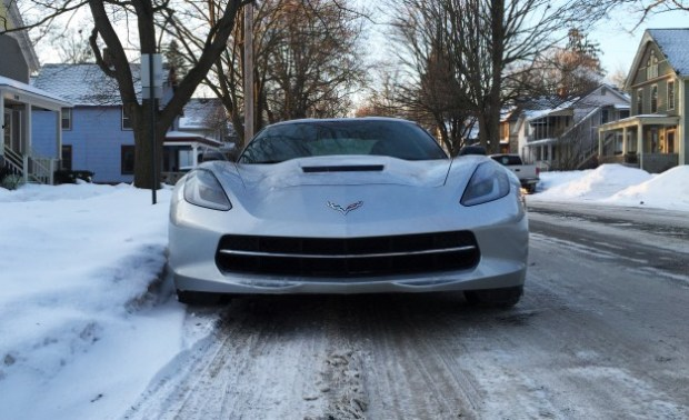 2014-Chevrolet-Corvette-Stingray-Z51-cold-start-04-626x382