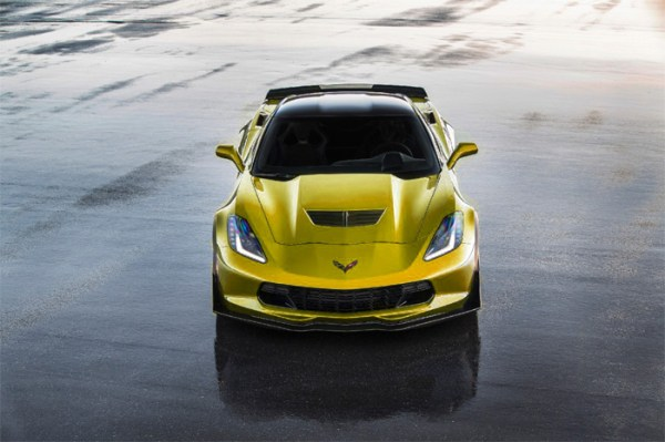 2015-Chevrolet-Corvette-Z06-Gold