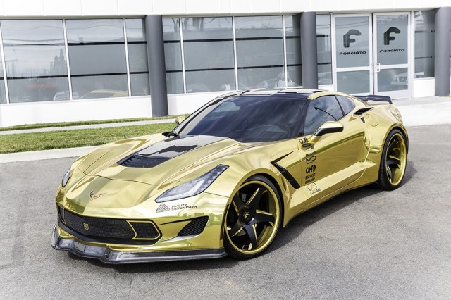 gold-chrome-wrapped-corvette-is-as-flashy-as-they-come-video-photo-gallery_5