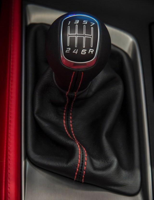 2014-Chevrolet-Corvette-Seven-Speed Manual Transmission Shift Lever