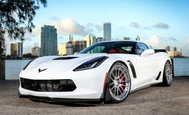 Corvette-Z06-ADV1-0