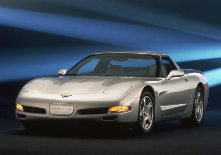 97-Chevy-Corvette-Silver-Coupe-01-1024