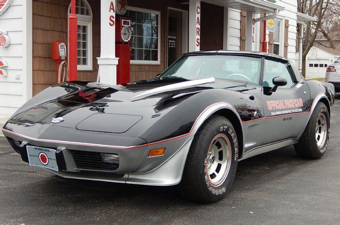 3-1978-corvette-pace-car-side-view
