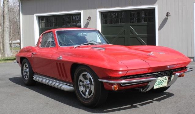 13-1966-chevrolet-corvette-side-view