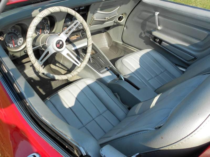 Corvette interior (2)