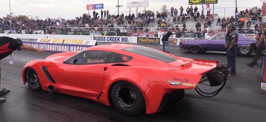Corvette vs Cuda